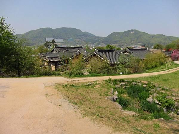 外岩里民俗村 (17).JPG