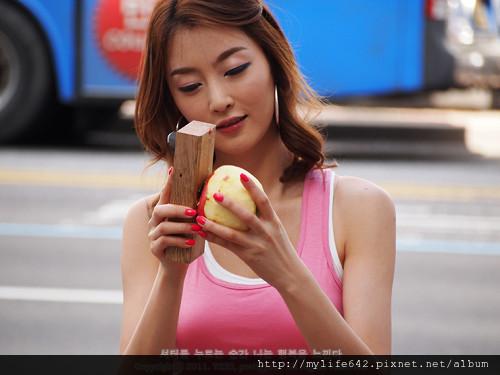 首爾大街 水果女