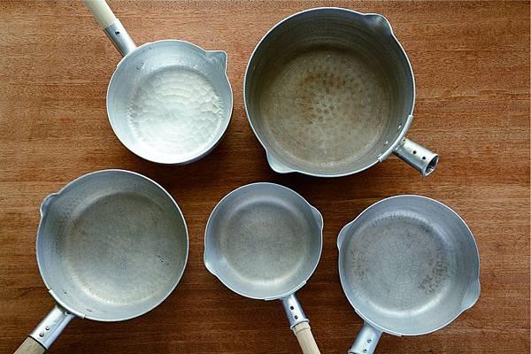 什麼是雪平鍋