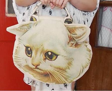 貓包包.JPG