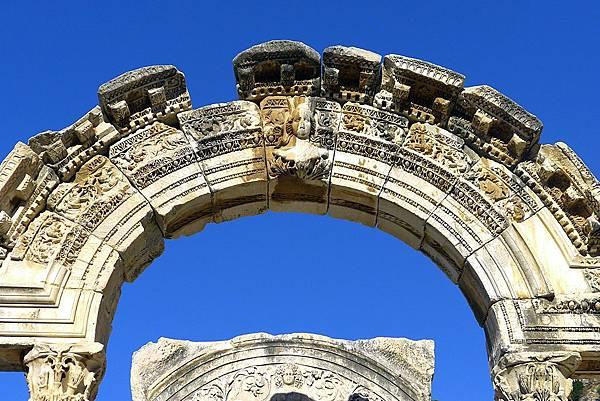 2013-10-13 15-49-53  艾菲索斯古城遺跡.JPG