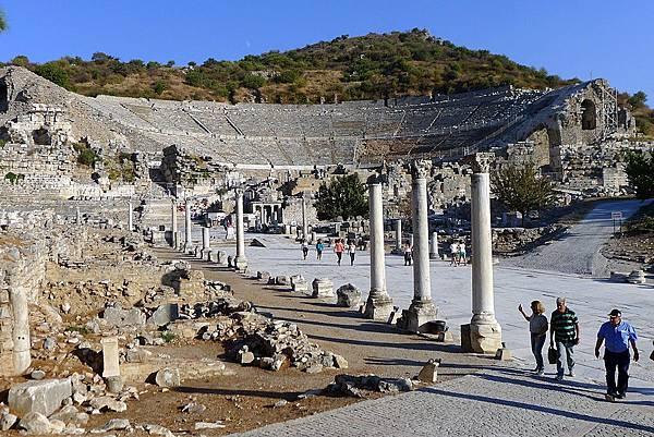 2013-10-13 16-45-14  艾菲索斯古城遺跡.JPG