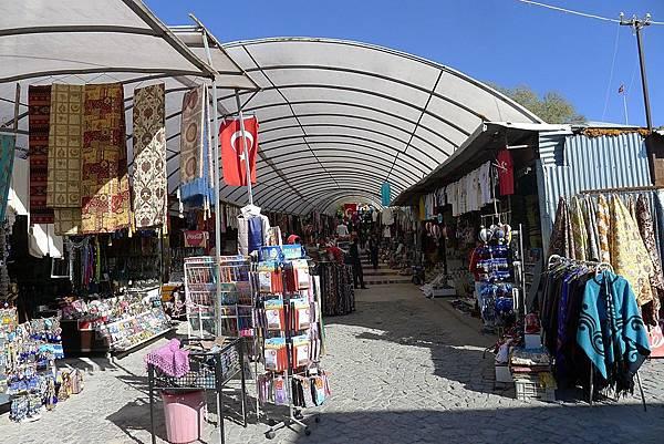 2013-10-16 14-44-52  cappadocia地下城.JPG