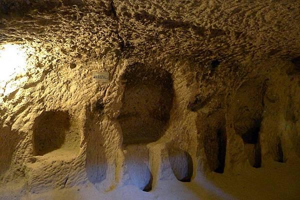 2013-10-16 15-22-46  cappadocia地下城.JPG