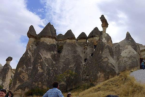2013-10-17 14-43-14  cappadocia蕈狀岩.JPG