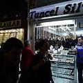 2013-10-19 14-03-18 伊斯坦堡 大市集和舊城區.JPG