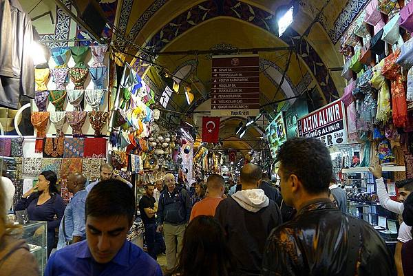 2013-10-19 14-04-23 伊斯坦堡 大市集和舊城區.JPG