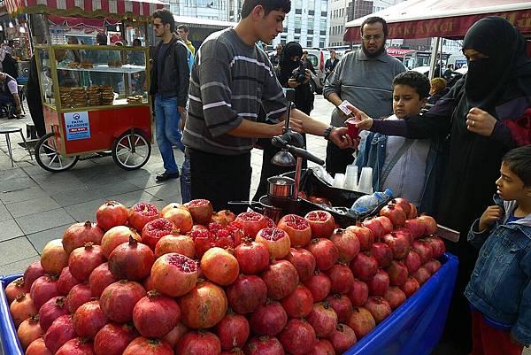 2013-10-19 14-31-05 伊斯坦堡 大市集和舊城區.JPG
