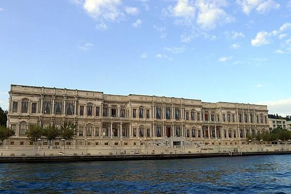 2013-10-19 17-07-48 Bosporus海峽遊船.jpg