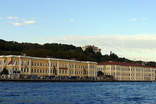 2013-10-19 17-09-49 Bosporus海峽遊船.jpg