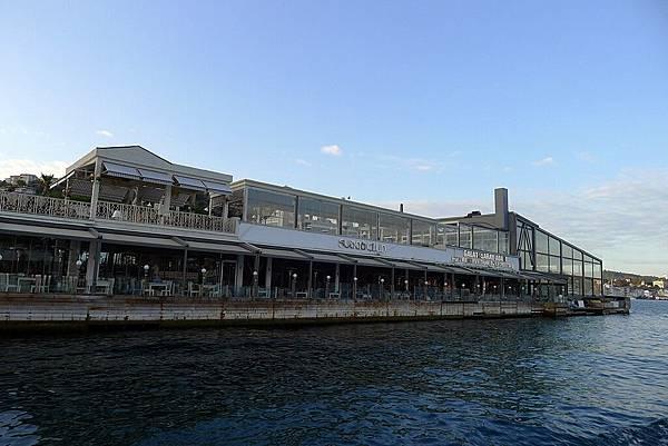 2013-10-19 17-21-26 Bosporus海峽遊船.jpg