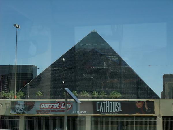 Las Vegas Luxor Hotel Casino 金字塔賭場飯店