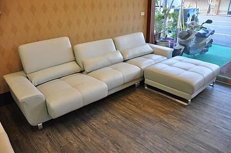 多功能L型沙發001.JPG