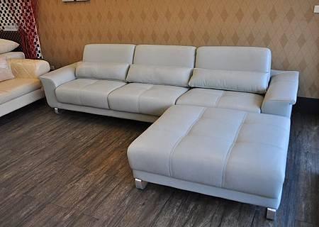 多功能L型沙發002.JPG