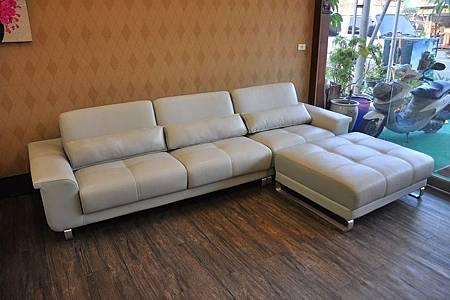 多功能L型沙發003.JPG