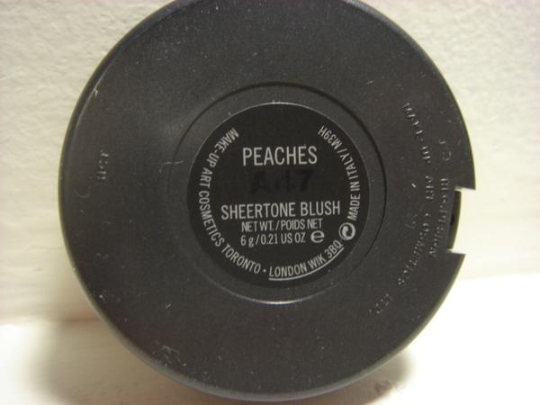 MAC blush -- Peach