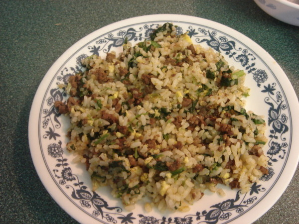 牛肉菠菜炒飯