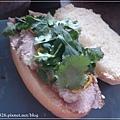 joe black lamb sandwich 2.JPG