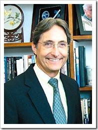 哈佛大學教授李納德