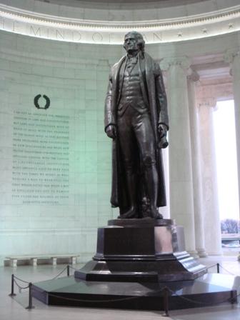 傑弗遜銅像
