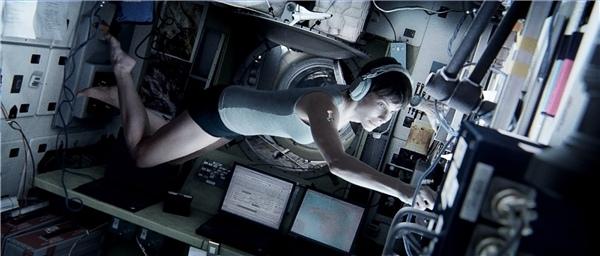 Gravity 02.jpg