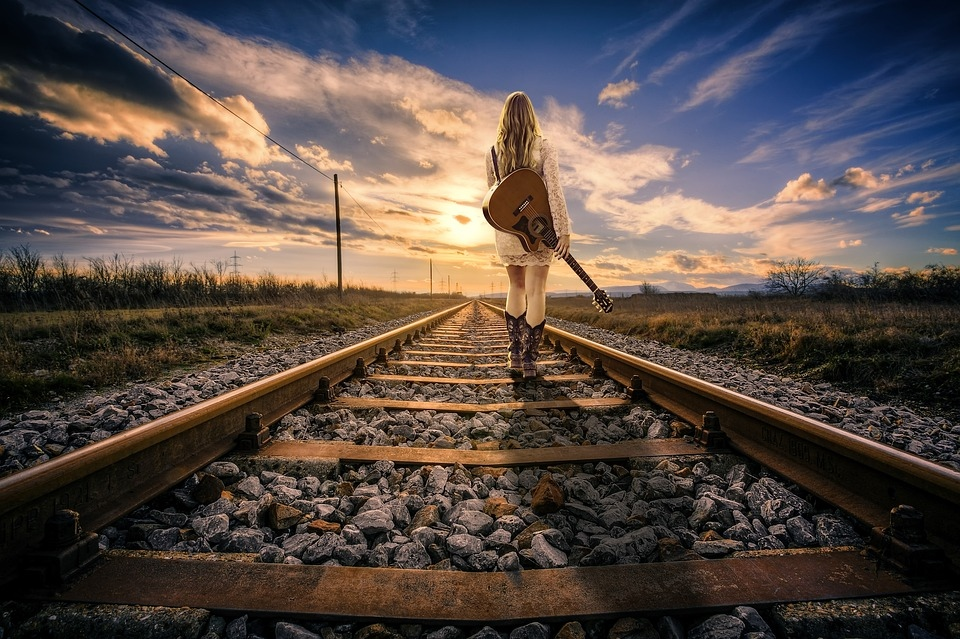railway-line-3104986_960_720.jpg
