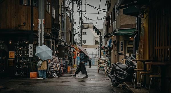 tokyo-4436914_1920.jpg