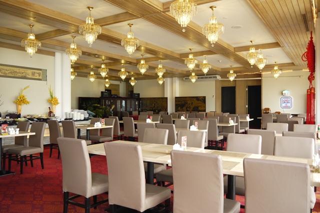 上海人家餐廳 座位1.JPG