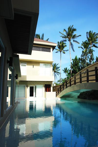ResortInfo2.jpg