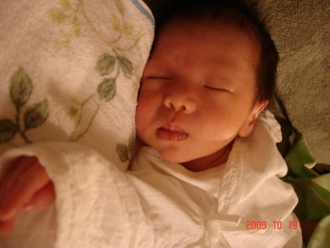 baby Derrick 190.jpg