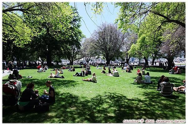 Sunshine*Grass*People I