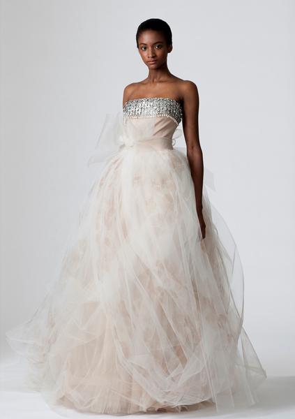 verawang_wedding_dress_dorothy.png