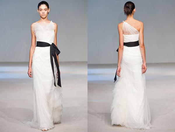 verawang_wedding_dress_2010s_01.jpg