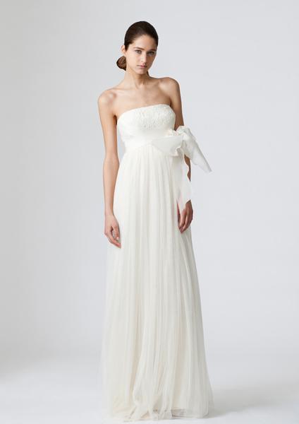 verawang_wedding_dress_dylan.png