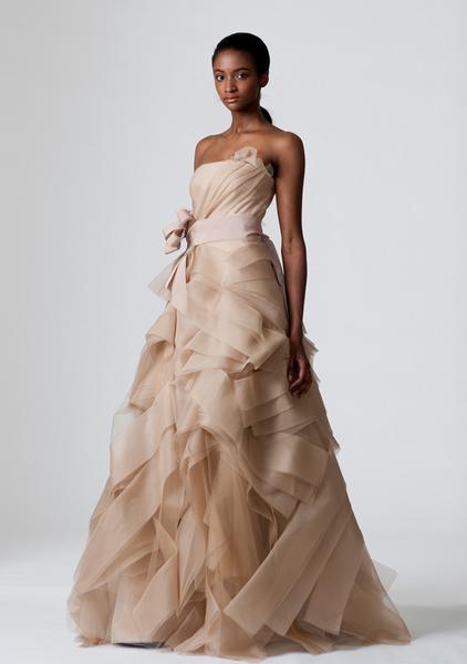 verawang_wedding_dress_dierdre.png