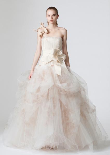 verawang_wedding_dress_dovima.png