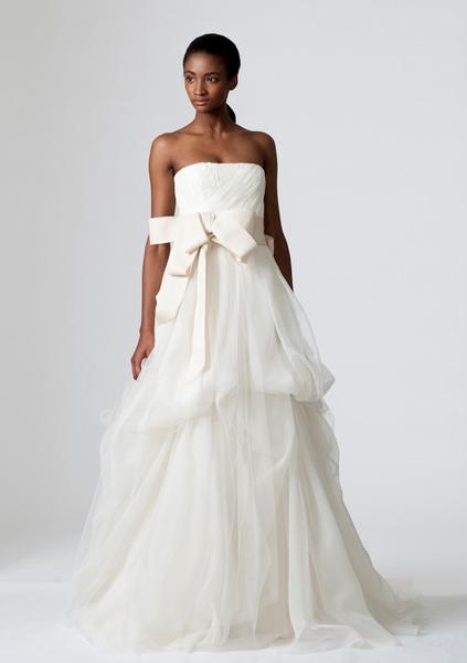 verawang_wedding_dress_dinah.png