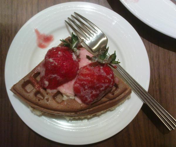 2009022801--013米朗琪咖啡-四分之一草莓奶油鬆餅.jpg