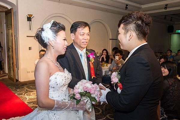 偉倫小青婚禮記錄 (572).jpg