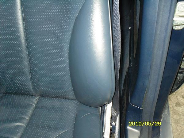 Mercedes-Benz 汽車皮椅龜裂如何處理後2 (3).JPG