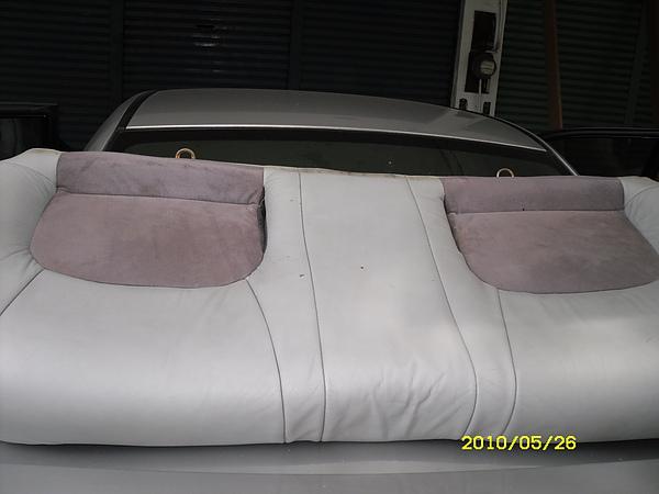 汽車皮椅烤漆前照片5.JPG
