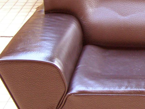 沙發龜裂如何處理後照片2.JPG