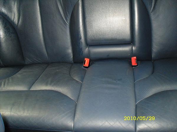Mercedes-Benz 汽車皮椅龜裂如何處理4.JPG