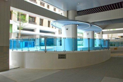 丹麥游泳池