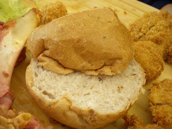 雜糧麵包.jpg