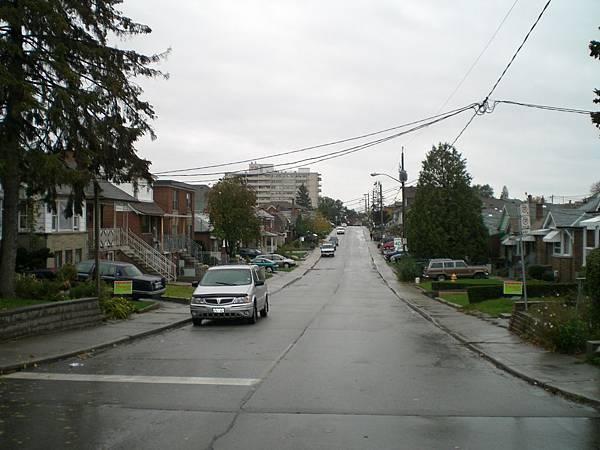 家門前的巷子