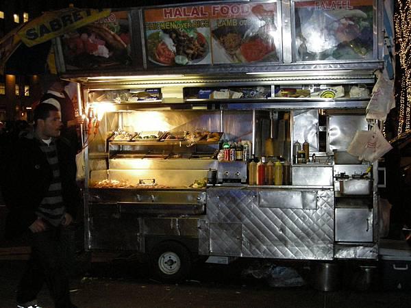 賣烤肉的小吃攤