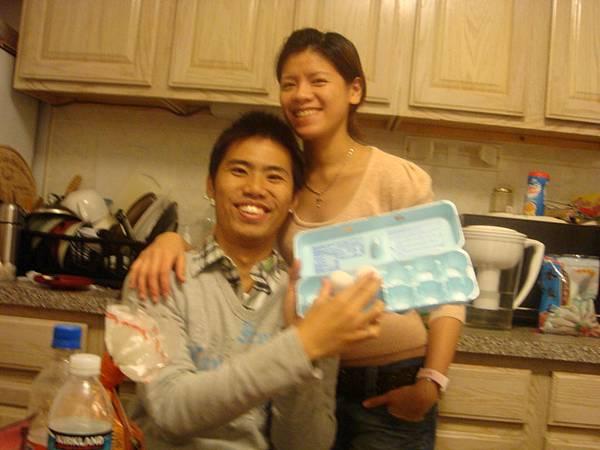 回家後,順便煮中餐以便省錢~~想像自己是賢妻良母