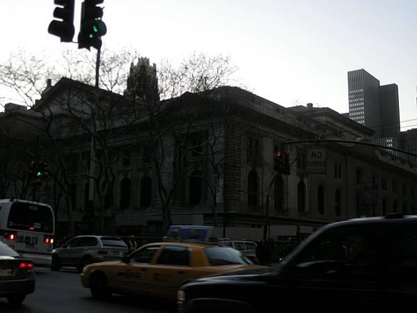 無緣的紐約市立圖書館,希望以後有機會來訪囉
