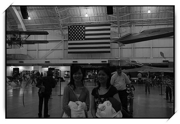 媽~我真的在美國喔,有國旗為證
